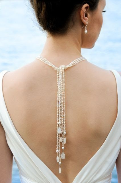 Moonstone and Pearl Bridal Lariat - love this style of wearing a necklace. First saw it in the Chanel advert with Nicole Kidman. gorgeous