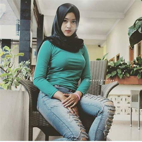 foto foto cewek jilbab hot  bisa bikin kamu gemeteran