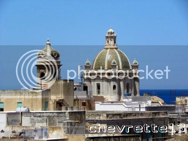 http://i1252.photobucket.com/albums/hh578/chevrette13/SICILE/DSCN9679640x480_zps3d59e255.jpg