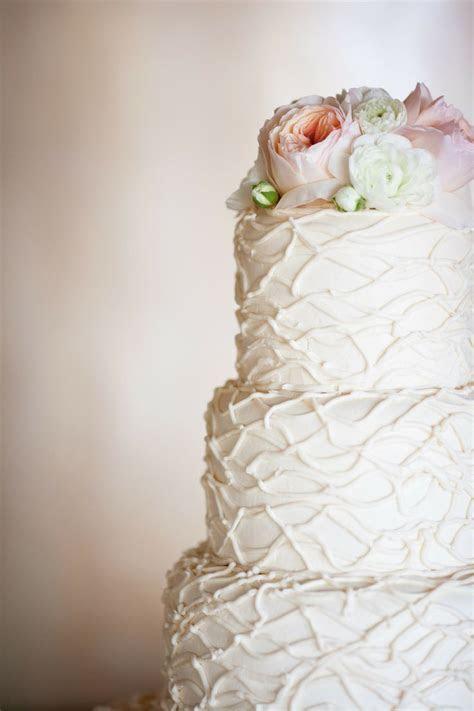 Wedding Cake Trend: Textured Wedding Cakes   Arabia Weddings