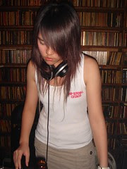 誰說聽Metal的沒有正妹!Lala( 拉拉)…青春活潑亮麗金屬暴女一枚!來自台南的18歲Metalcore女主唱……