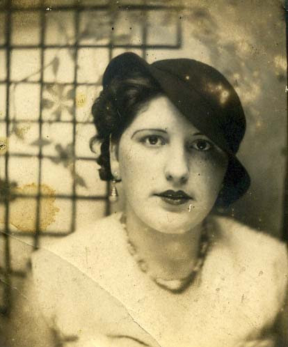Unknown woman 1920's or 30's