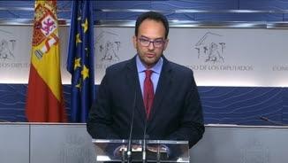 "Rafael Hernando ha acusat Rajoy d'""irresponsable"""