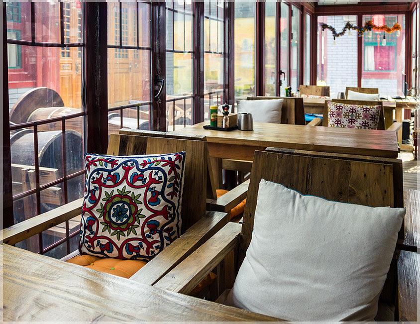Desain Interior  Warung Kopi Modern nan Sederhana Jasa
