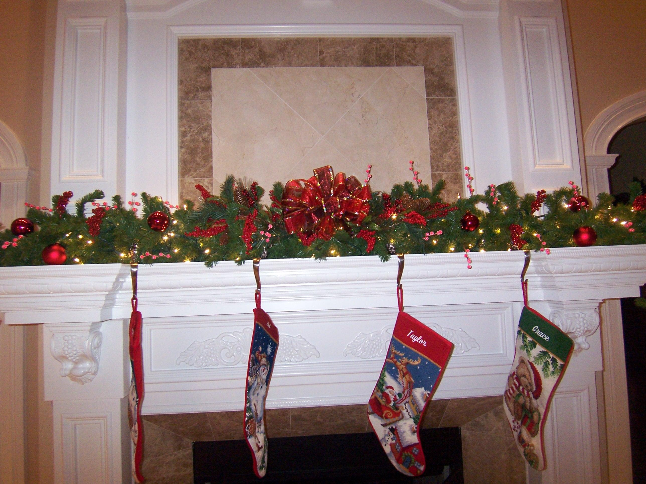 Christmas – Deck the Halls with Beautiful Garland | West Cobb Magazine