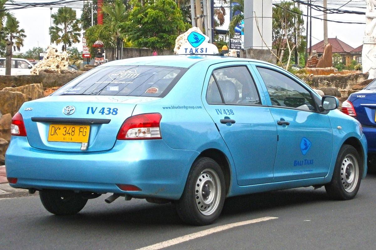 Blue bird taxi Bali met meter