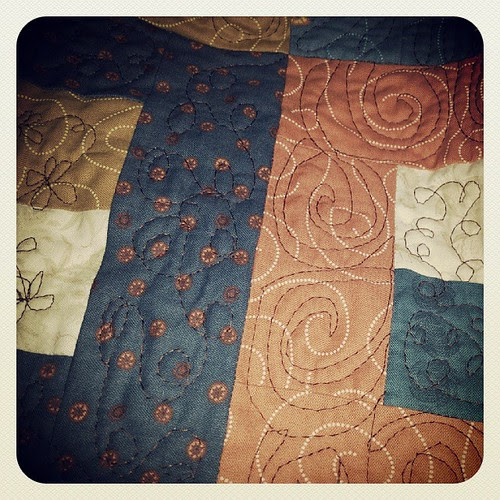 IG friends + flickr friends + straight needle plate + embroidery needle = happy FMQ . I'll eventually get my mom's quilt quilted