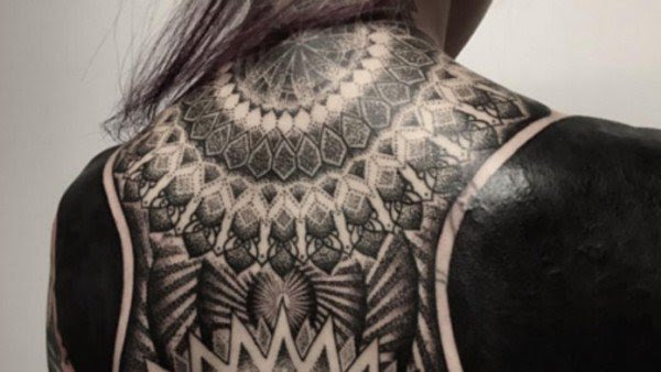 blackout-tattoo-trend5-600x338