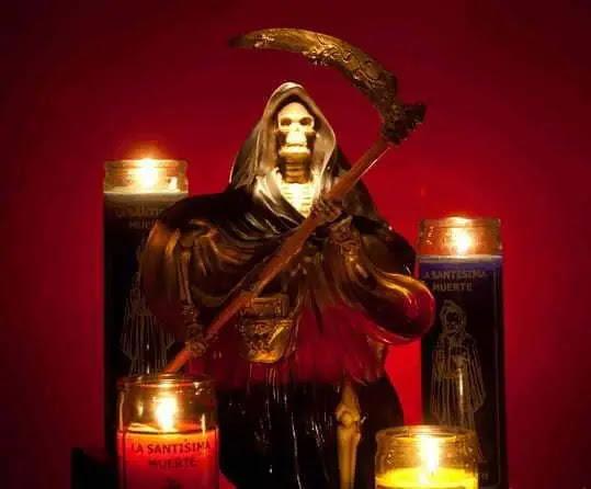 Santa Muerte Roja Historia Significado Oracion Y Mas
