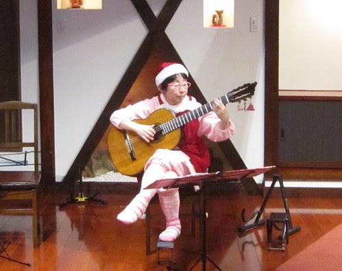 サンタクロースのピンクさんのソロ 2012年11月24日 by Poran111