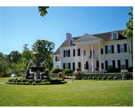 Bellewood Mansion in Anchorage, KY http://bellewoodky.com