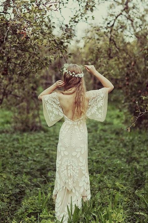25  best ideas about Bohemian Wedding Dresses on Pinterest