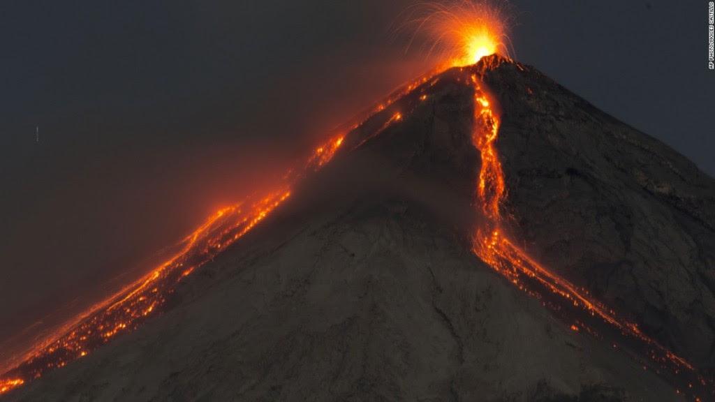 volcanique vidéo éruption, vidéos éruption volcanique, éruption volcanique vidéo juin 2016, éruption volcanique vidéo 25 juin 2016, dernière éruption volcanique juin 2016