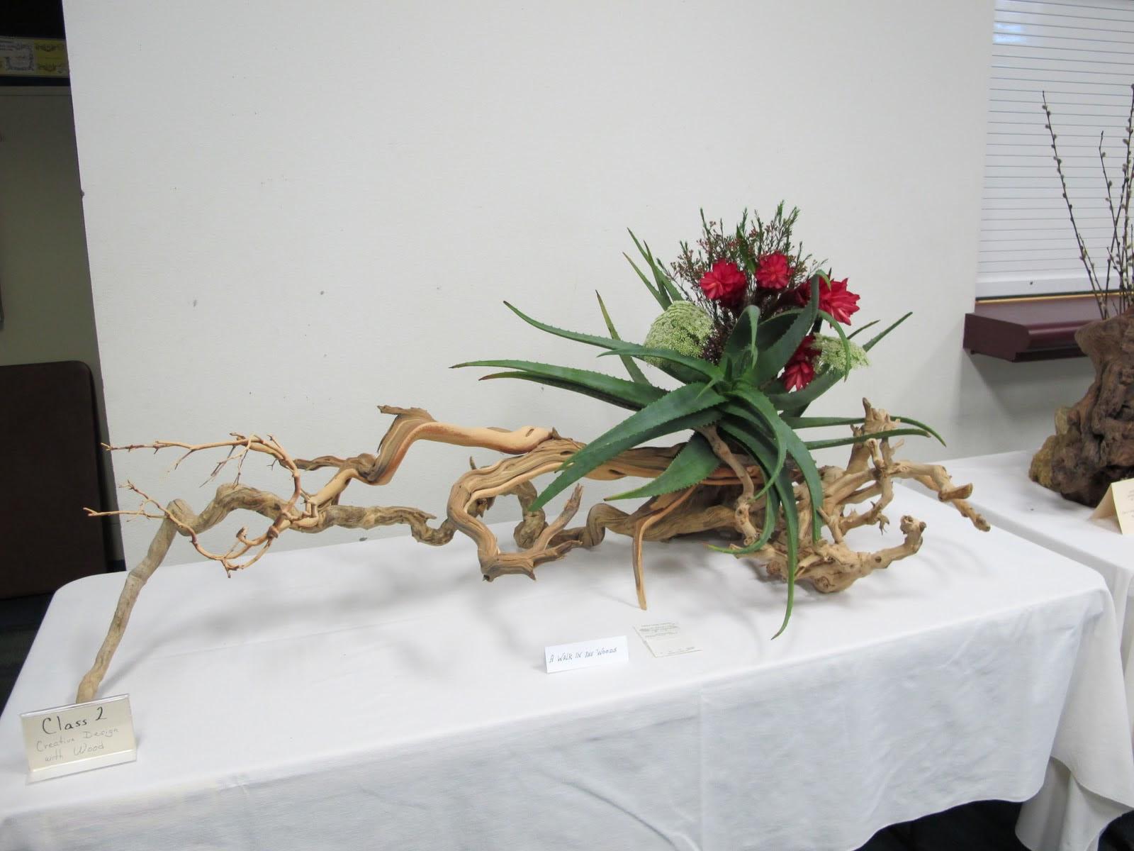 14 Creative Floral Designs Images Creative Flower Arrangement Line