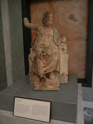 DSCN7314 _ Enthroned Zeus, Greek, c. 100 B.C., Getty Villa, July 2013