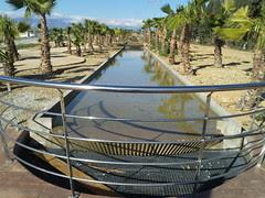 Amposta: Camí d'aigua a la zona comercial