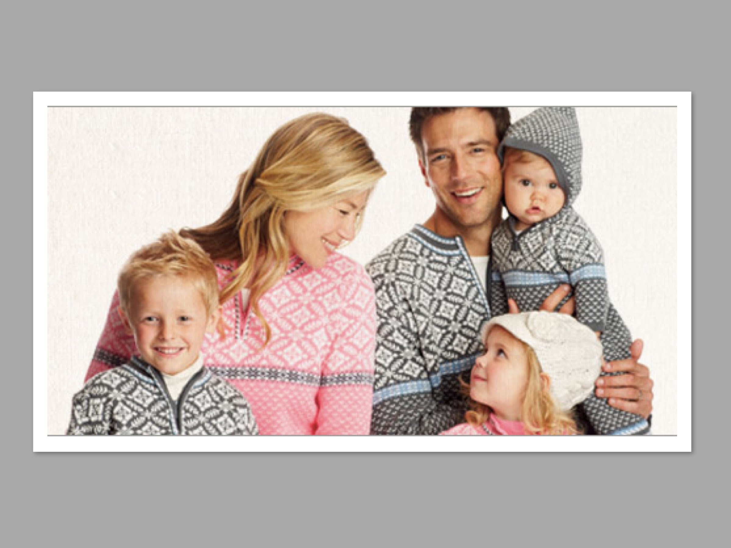 cute  wearable matching family holiday outfits