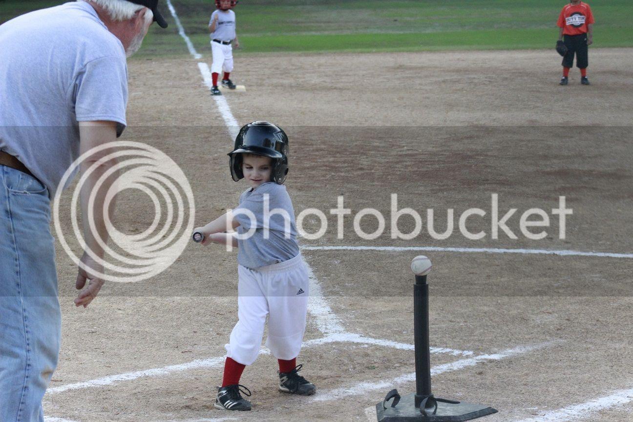 photo baseball25_zpswbzqufm2.jpg