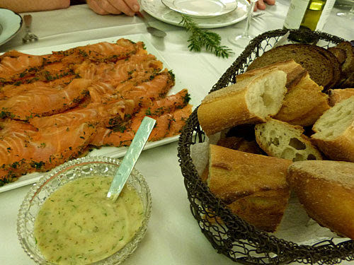 saumon et pain.jpg