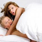 Ανέκδοτο: Η γυναίκα σου είναι με τον κουμπάρο