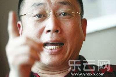 李庄与记者对话。记者徐文阁摄