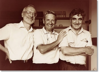 il team dell'esperimento dell'elettrone singolo