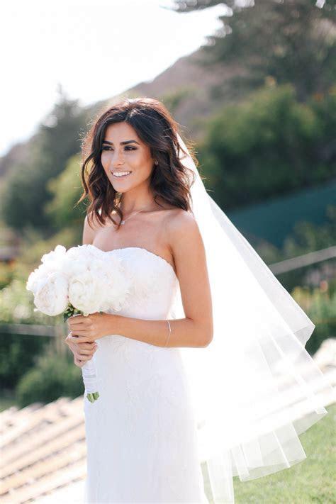 beautiful bride Sazan!   Wedded Bliss in 2019   Short
