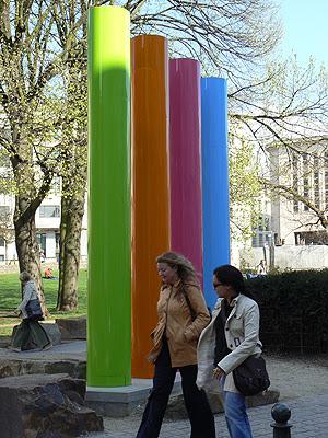 tubes colorés.jpg