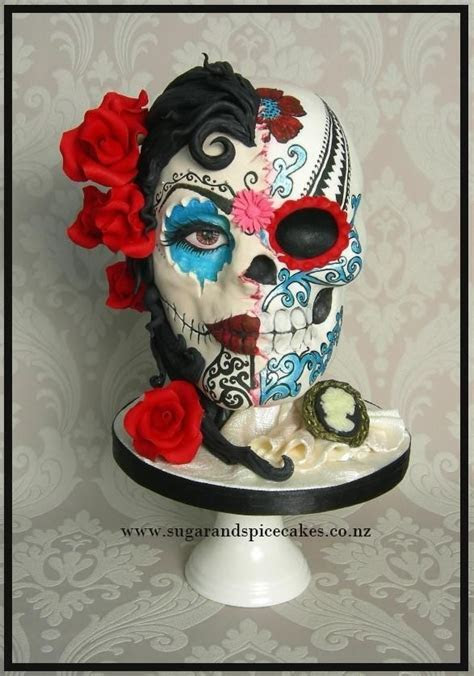 25  best ideas about Sugar skull cakes on Pinterest