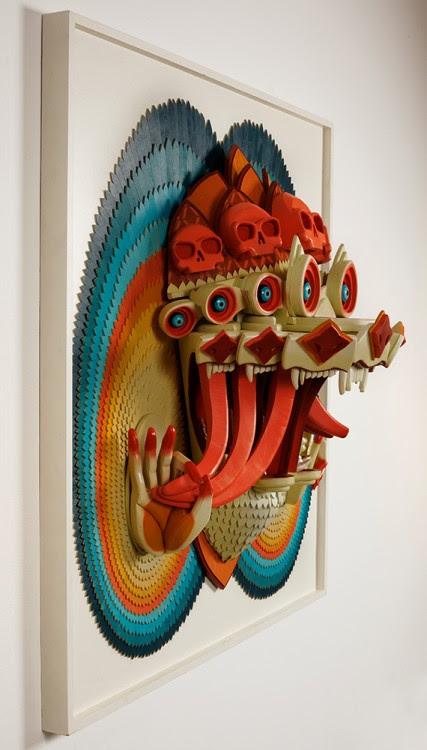 ajfossik bois tableau sculptre 04 427x750 Les monstres en relief dAJ Fosik  art