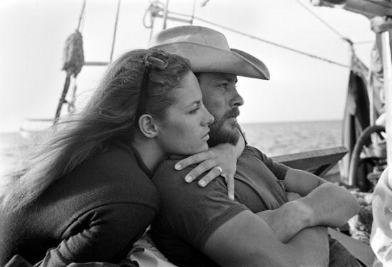 Actor Alain Delon sí relaja con Su Esposa Nathalie