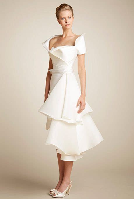 Ultra Modern Wedding Gowns For Your Second Time Around