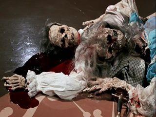 photo captain-kronos-vampire-hunter-1974-movie-review-corpses-blood-dead-ending-hammer-studio-horror_zps1snmbe47.jpg