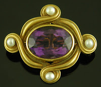 Art Nouveau amethyst and pearl brooch. (J9325)