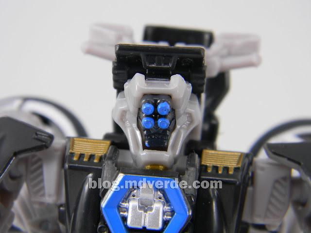 Transformers Tailpipe DotM Human Alliance Scout - modo robot