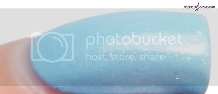 xoxoJen's swatch of Blue Eyed Girl Sewing Shadows