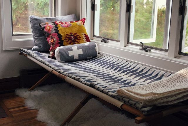 DIY: Vintage Army Cot by Hickory and Juniper, via Flickr