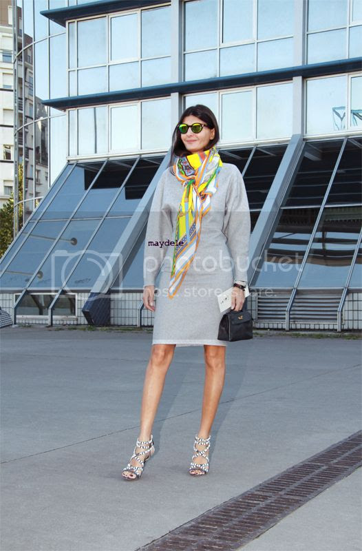 Giovanna Battaglia september 2012 Paris carrying a Hermès Kelly minibag