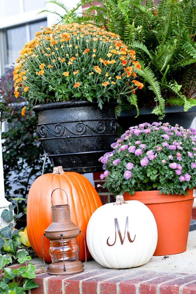 Fall front porch decor
