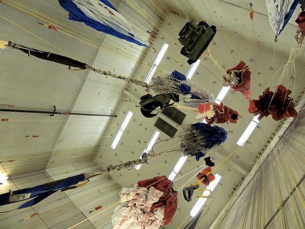 hanging 'chutes