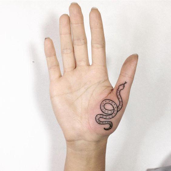 Razones Por Las Que No Deberías Tatuarte Las Manos Ni Los Dedos