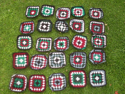 25 'Grandad' Squares from Marion (UK) Thank you so much for your help Marion!
