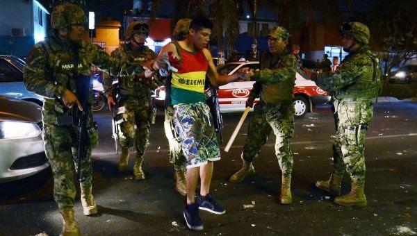 En diversos puntos del país, autoridades han detenido personas.