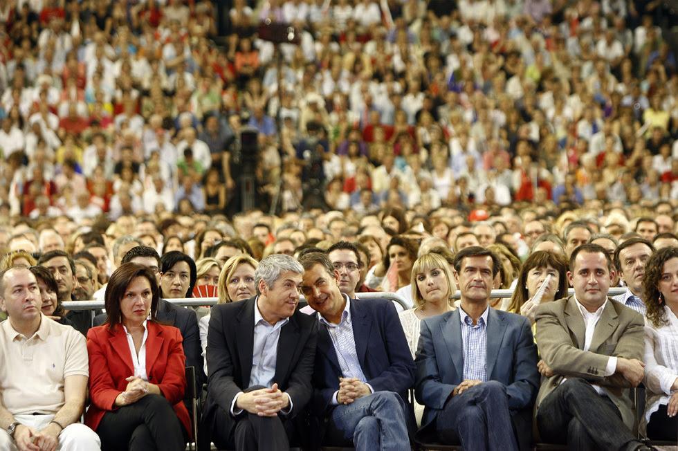 Las fotos censuradas en Valencia  - Zapatero, de campaña