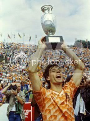 Marco Van Basten campeão Europeu pela Holanda em 1988