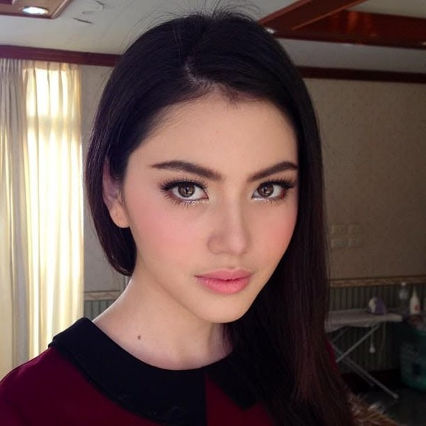 Davika Hoorne,si cantik dari negara tai eh THAI !