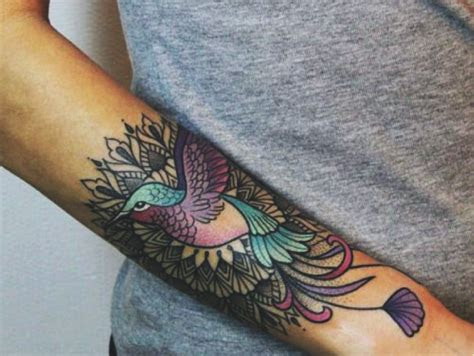 20 Stunning Hummingbird Tattoo Ideas