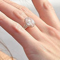 Katie Holmes' 5 carat engagement ring   celebrity