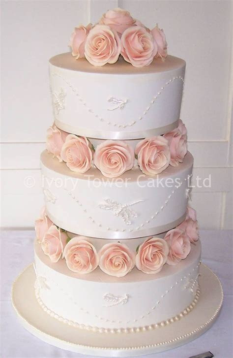 65 best images about wedding cakes on Pinterest   Fancy