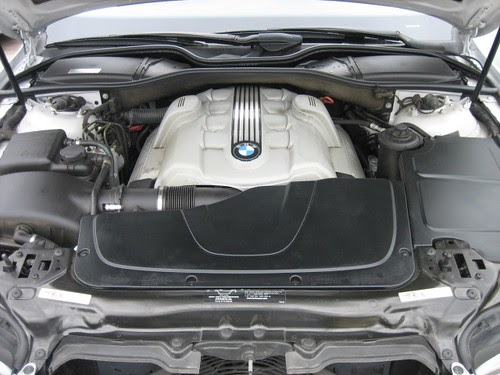 Bmw Gallery 2002 Bmw 745 Li V8 Engine Bay Pic